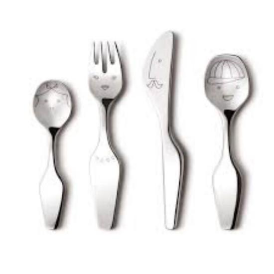 Vaikų stalo įrankiai